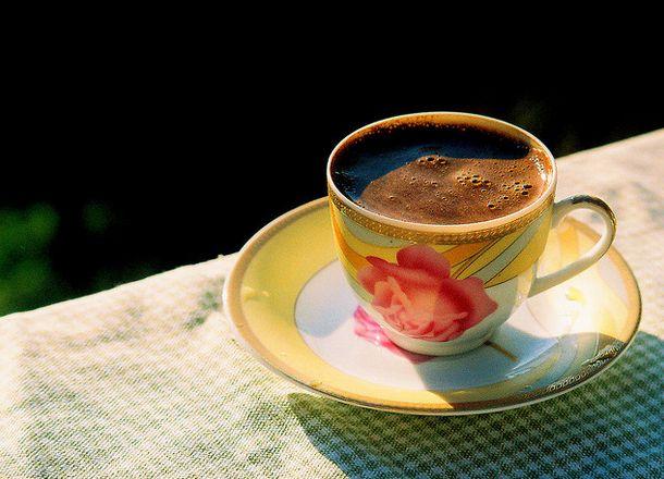 #معني_الجمال_بختصار فنجان من القهوة التركية يأتي في وقته ..
