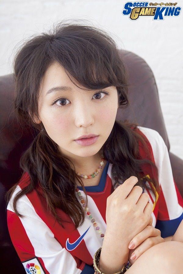 Photo: Takeru Yoshida / Styling: Kaname Terakubo / Hair&Make: Akio Namiki(KURARASYSTEM) ▼24Dec2014サッカーキング おのののか「選手同士の真剣にぶつかり合うシーンが好き」 http://www.soccer-king.jp/bijotoshukyu/article/261633.html #Nonoka_Ono #おのののか #小野乃乃香