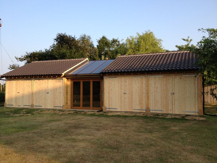 The latest in our inspirational Timber Frame Buildings.  This wonderful 4 bay garage with central garden room.