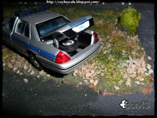 Son43: Ford Crown Victoria Carolina del Sur 2001