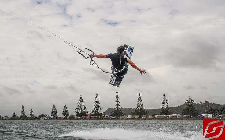 SwitchKites Water  #Kitesurfing #Kiteboarding #SwitchKites #MJComp