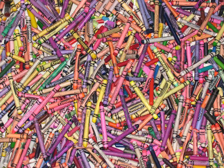many crayons...not new~