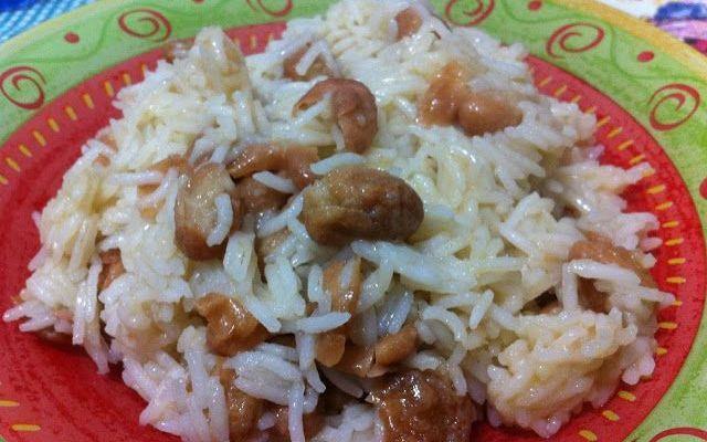 Riso basmati con fagioli fritti e limone Il riso basmati è già profumatissimo di suo ma in questa ricetta c'è anche il limone con tutta la sua freschezza e il suo profumo. A completare dei fantastici fagioli fritti con una crosticina davver #ricette #cucina #primi #riso