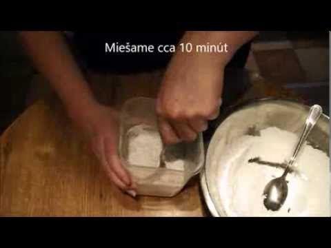 Medovníčky - príprava polevy - zdobenie..