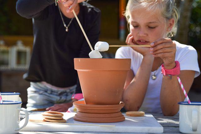 Marshmallows roosteren in een bloempot | Wimke | Goede ideeën moet je delen!