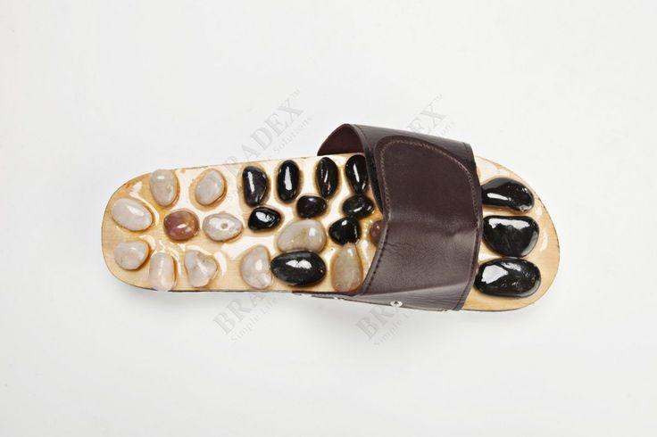Тапочки массажные c камнями, ГАРМОНИЯ Massage slipper размеры 36-37. Заказать Ортопедические изделия в интернет магазине shop-zdorovye.ru