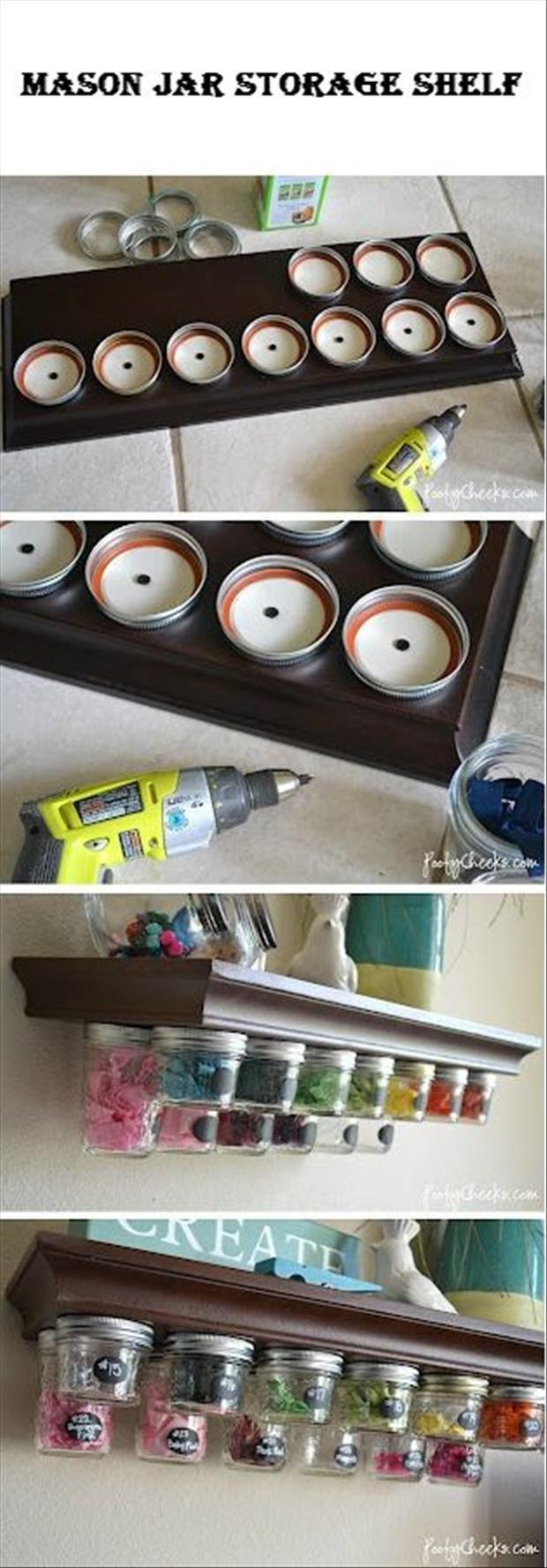 Clavar tapas de botes de cierre a rosca en parte inferior de un estante, organizacion, orden
