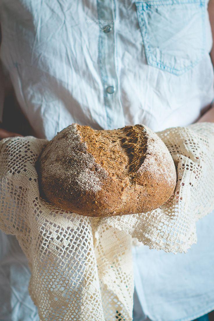chleb razowy na płatkach owsianych