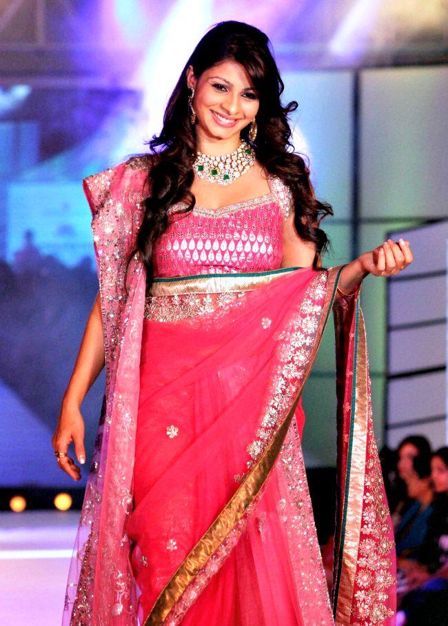 Tanisha Mukherjee #Bollywood #Fashion