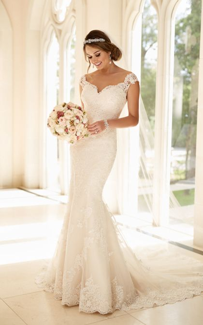 Bridal Gown Available at Ella Park Bridal | Newburgh, IN | 812.853.1800 | Stella York - Style 6249