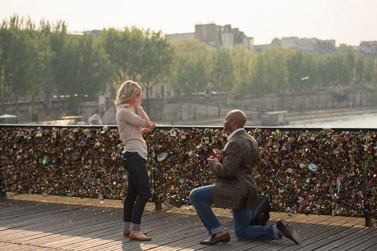 Überraschung mit Liebesschloss ~ Fotos von Pictours Paris |  #verlobung #verlobungsring #überraschung #antrag #heiratsantrag #hochzeitsantrag #love