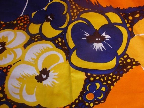 Tampella fabric Orvokki by Marjatta Metsovaara