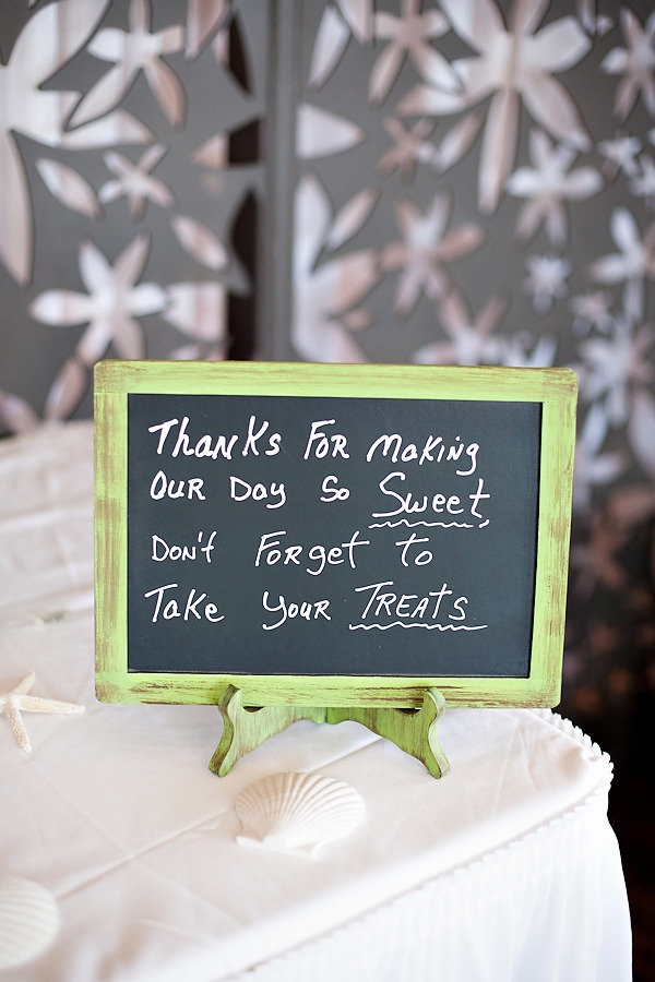 Good for a wedding or even just a simple party!