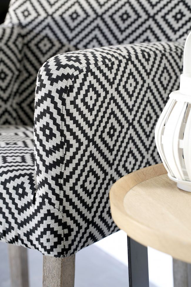 les 31 meilleures images du tableau nos tissus ameublement d co sur pinterest tissus. Black Bedroom Furniture Sets. Home Design Ideas