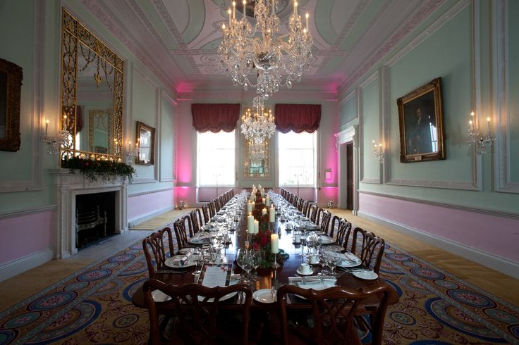 Duke room can be also set-up for a boardroom dinner