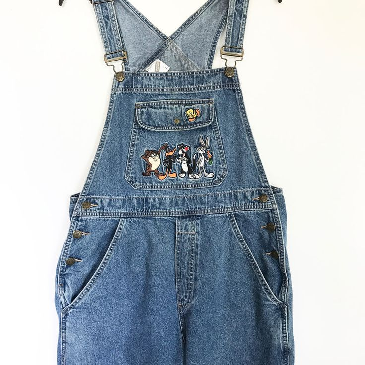 Warner Bros Studio Store Women's L Overalls Denim Tweety Bugs Sylvester Tax #warnerbrothers #animation #tweetybird #bugsbunny #sylvester #overalls #thatsallfolks #denim #cobblecreek #freeshipping