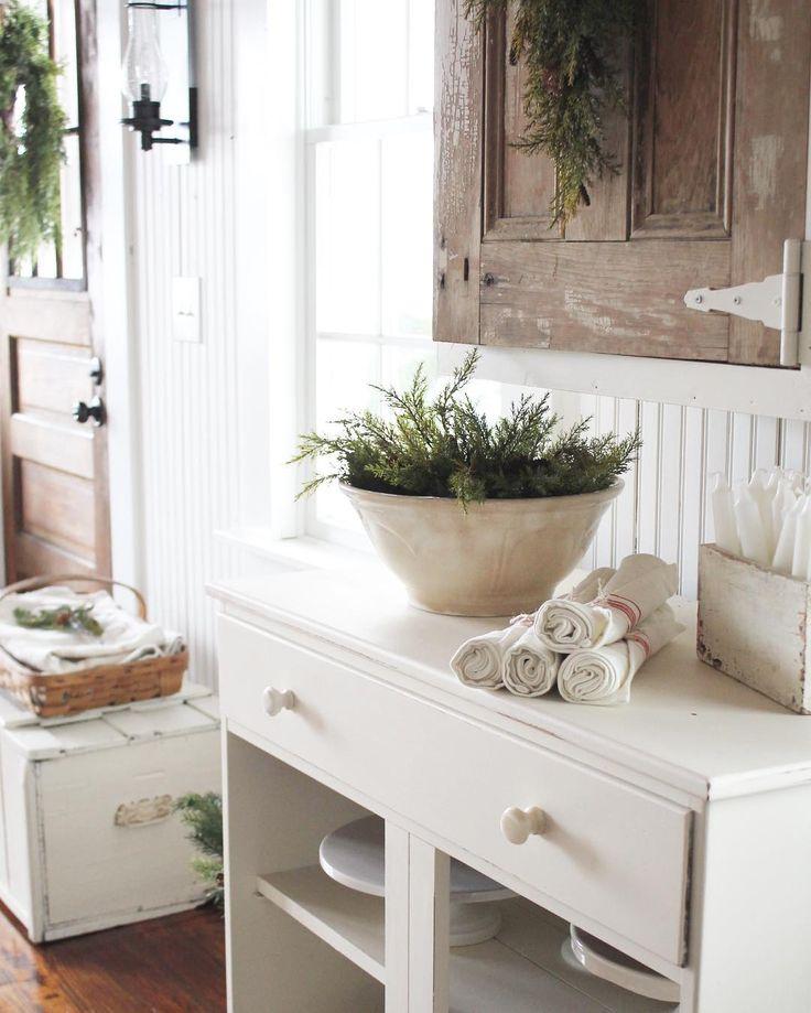 600 best images about farmhouse charm on pinterest for Cottage charm farmhouse