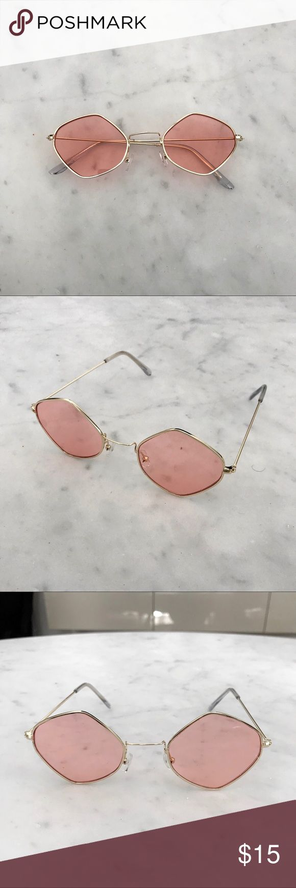 '90s Vintage-Look Small Sunglasses Small lens sunglasses with pink lenses and gold metal frames.   Measurements  Width: 14cm Temple: 14.2cm Lens With: 5.6cm Lens Height: 4.9cm  Bridge: 2.5cm Accessories Sunglasses