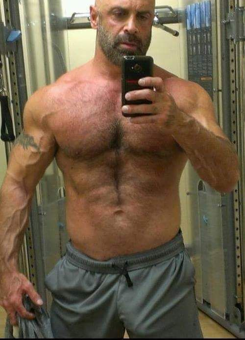 La Caja Maestra  Musclebear  Hairy Men, Mature Men, Men-2370