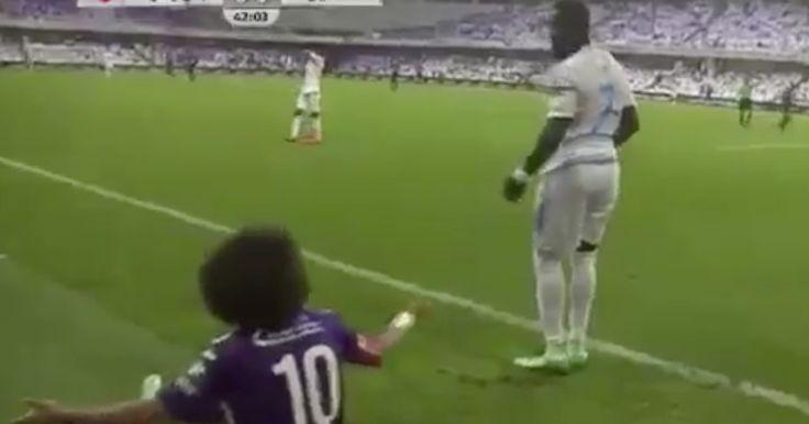 Former Real Madrid man Royston Drenthe fouls opponent, follows...: Former Real Madrid man Royston Drenthe fouls opponent,… #RealMadrid