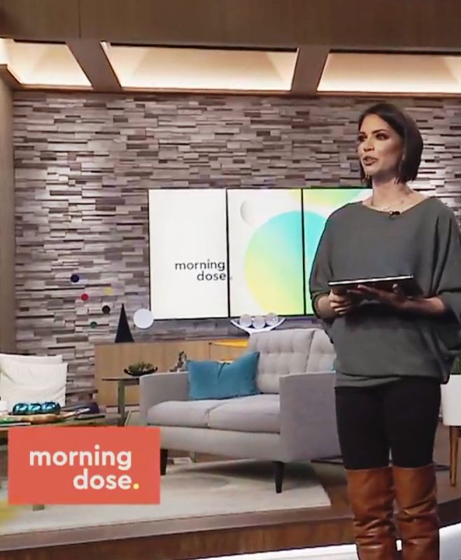 THE APPRECIATION OF BOOTED  NEWS WOMEN BLOG   : MELISSA RYCROFT DRAMATICALLY DISPLAYS THE BOOTS OF...