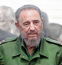 Fidel Castro Millioner af døde: 0,4 Verdenssocialismens sidste bastion. Maraton-taleren F.C. sidder trygt i stolen trods embargo, giftige cigarer og 'svinebugt'-invasion fra nord. Sovietunionens kollaps har forarmet Cuba, mange cubanere flygter til USA.