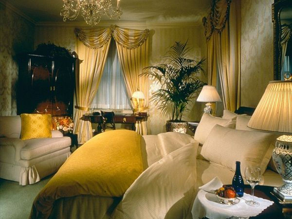 Touches Of Class - The World's Most Luxurious Hotel Suites-Presidential Suite at Waldorf Astoria New York - $10,000