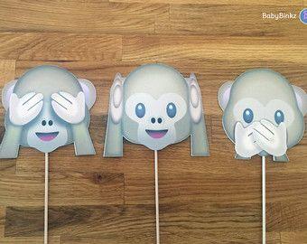 Apoyos de la foto: El mono Emoji Set (3 piezas) - cumpleaños de boda fiesta no ver ningún mal oír hablar de redes sociales iPhone app icono palo centro de mesa