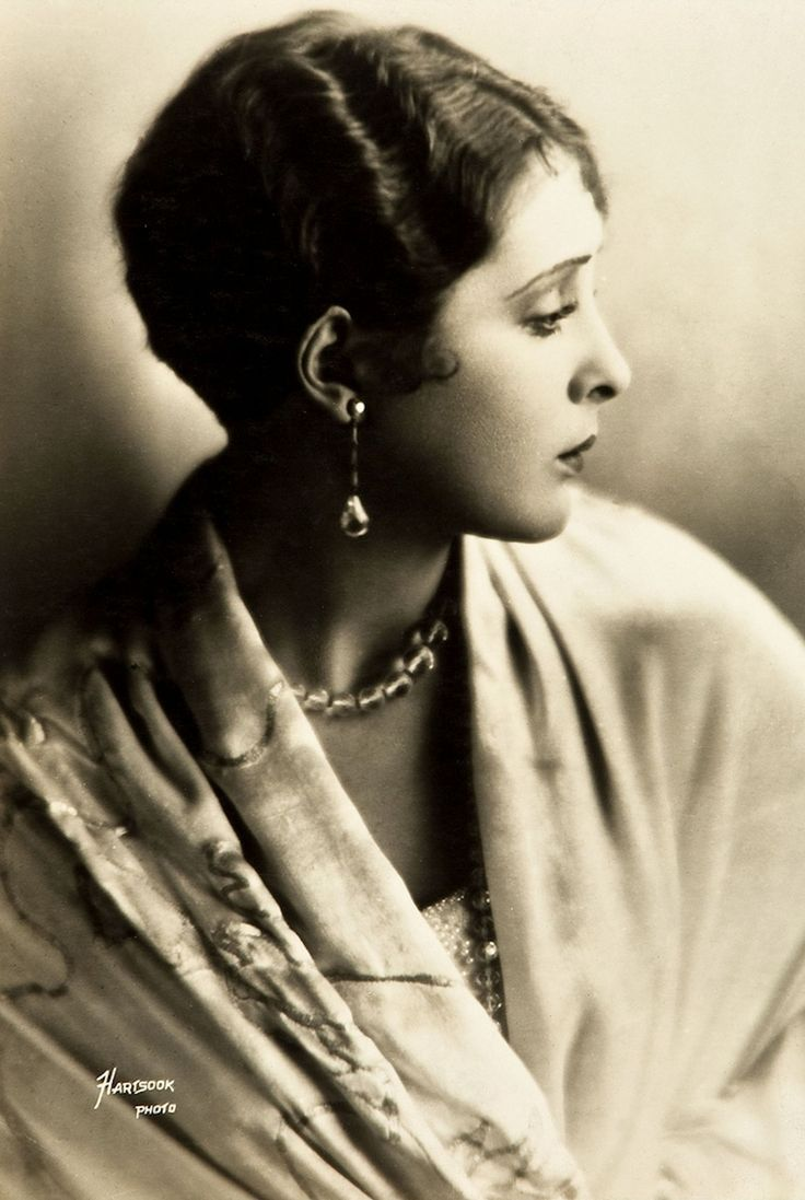 Billie Dove - 1920's - Photo by Fred Hartsook - Warner Brothers