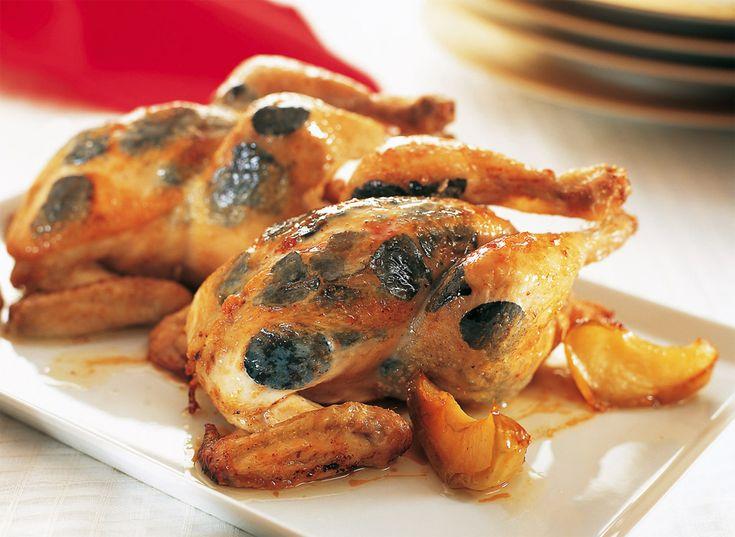 Una buena propuesta para esta Navidad puede ser la receta de Picantones trufados de Carme Ruscalleda, chef del Restaurant Sant Pau (3 estrellas Michelin). Es una receta muy fácil de hacer, aquí tenéis todos los detalles para que sea un éxito.