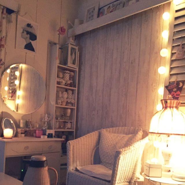 hekemiさんの、コットンボールランプ,雑貨,照明,フレンチシック,ドレッサー周辺,シャビーシック,ホワイトインテリア,DIY,夜,Bedroom,のお部屋写真