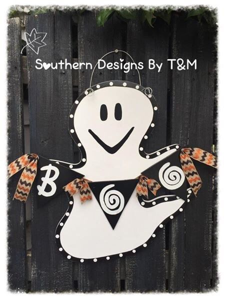 Ghost door hanger, Boo Ghost door hanger, wooden door hanger, fall door hanger by SouthernDesignsByTM on Etsy https://www.etsy.com/listing/464334930/ghost-door-hanger-boo-ghost-door-hanger
