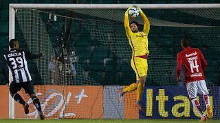 Blog Esportivo do Suíço:  Em jogo com vento de vilão, Inter e Figueirense ficam no zero