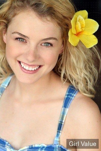 """{""""token"""":""""11107""""} - Actress Laura Slade Wiggins"""