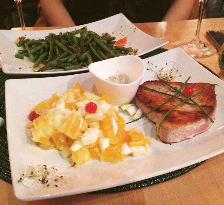 Cina The Wine Bistro #farfuriaioanei #ton #portocale #fennel #fasoleverde #trasainunt #debonton #foodporn #yummy #cina #rose