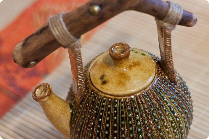 Katerina Klautsan ◦ Дом у воды ◦ рукотворные вещи teapot