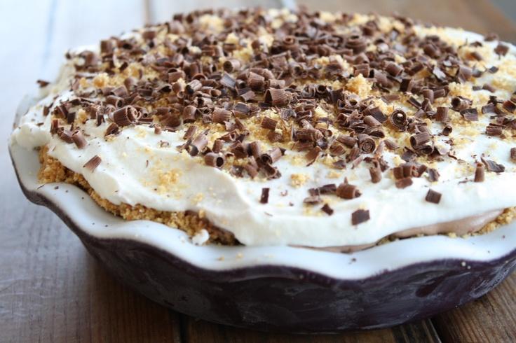 S'More Ice Cream Pie: Food Recipes, Cream Frozen Icebox Desserts, Dessert Recipes, Cakes, Sweet Treats, Cream Recipes, S More Ice, Ice Cream Pies