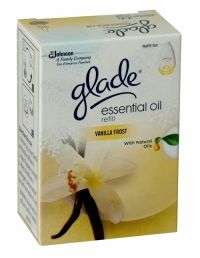 Glade Essential Oil Vanilla Frost Electric Refill 20ml Glade Essential Oil contains natural plant oils that offer you a distinctive scent. Glade is the fragrance you are looking for to consistently and evenly freshen your home!