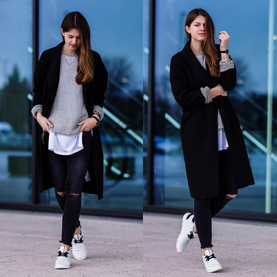 Get this look: http://lb.nu/look/8064500  More looks by Jacky: http://lb.nu/whaelse  Items in this look:  Gina Tricot Jeans, Ecco Sneakers   #casual #sporty #street #layering #whitesneakers #vila #whaelse #streetstyle #fashionblog