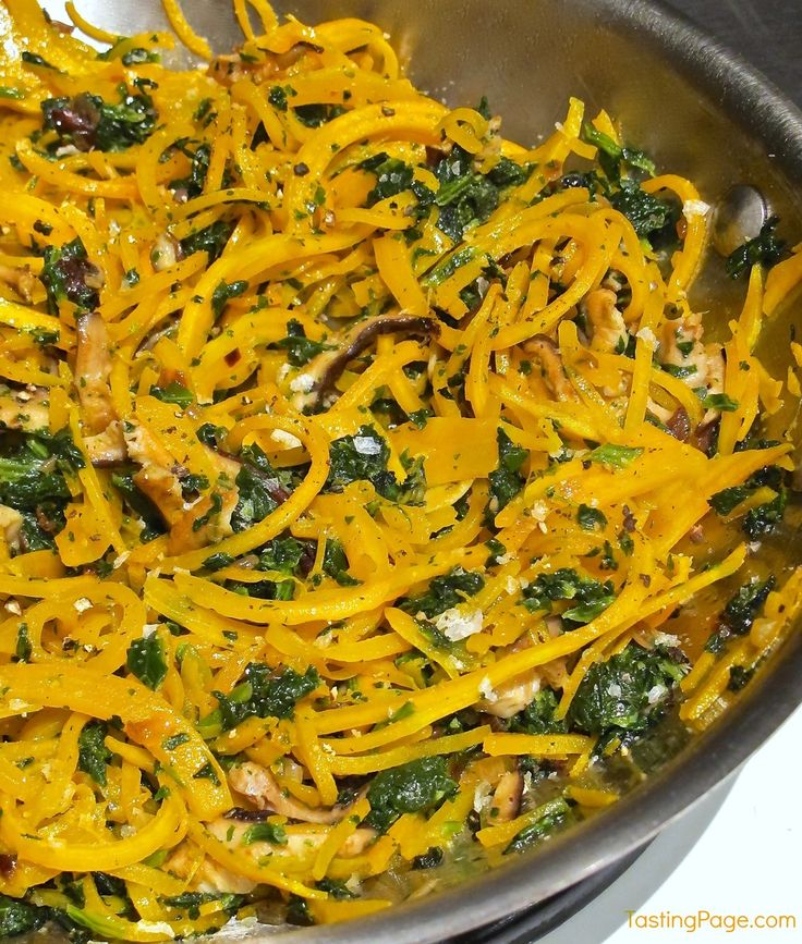 Butternut Squash Noodles with Spinach and Mushrooms