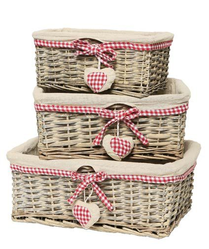 Set of 3 Heart Themed Baskets