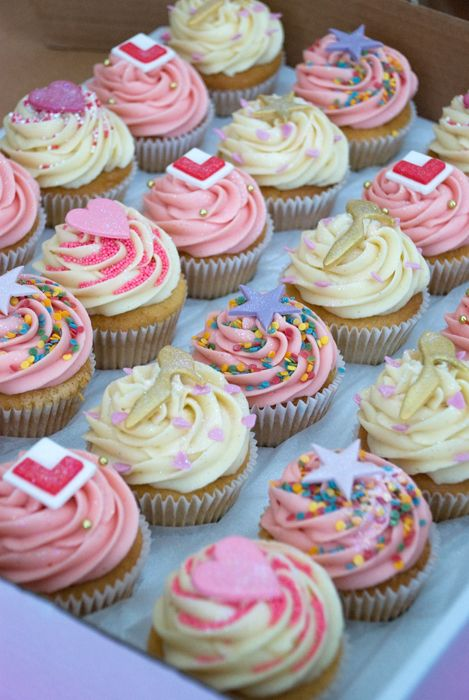 Cut cupcakes for a hen party - need the energy before a long night here