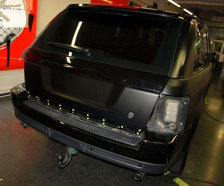 Range Rover Sport integral Negro Brillante a Negro Mate - Car Wrapping by Pronto Rotulo since 1993