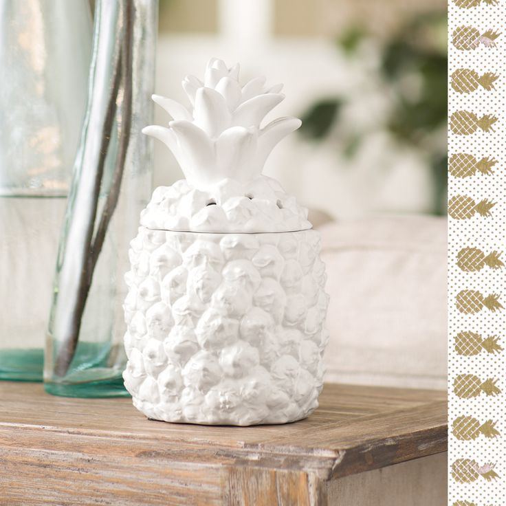 NEW! SOUTHERN HOSPITALITY PINEAPPLE SCENTSY WARMER