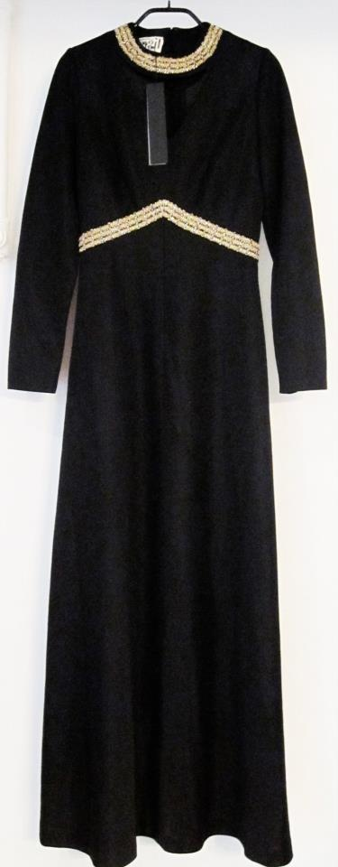 Vintage dress  100% polyester  size 36  Dkk 299,-  Available in Beware of Limbo Dancers