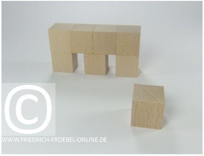 Gift 3 Froebel:  Brücke mit Wärterhaus ,gebaut mit Holzbausteinen natur (mit Spielgaben n.Froebel). Original Fröbel Holzbausteine der Spielgabe 3 kaufen: http://www.friedrich-froebel-online.de/shop/spielgaben/spielgabe-3-holzbausteine/