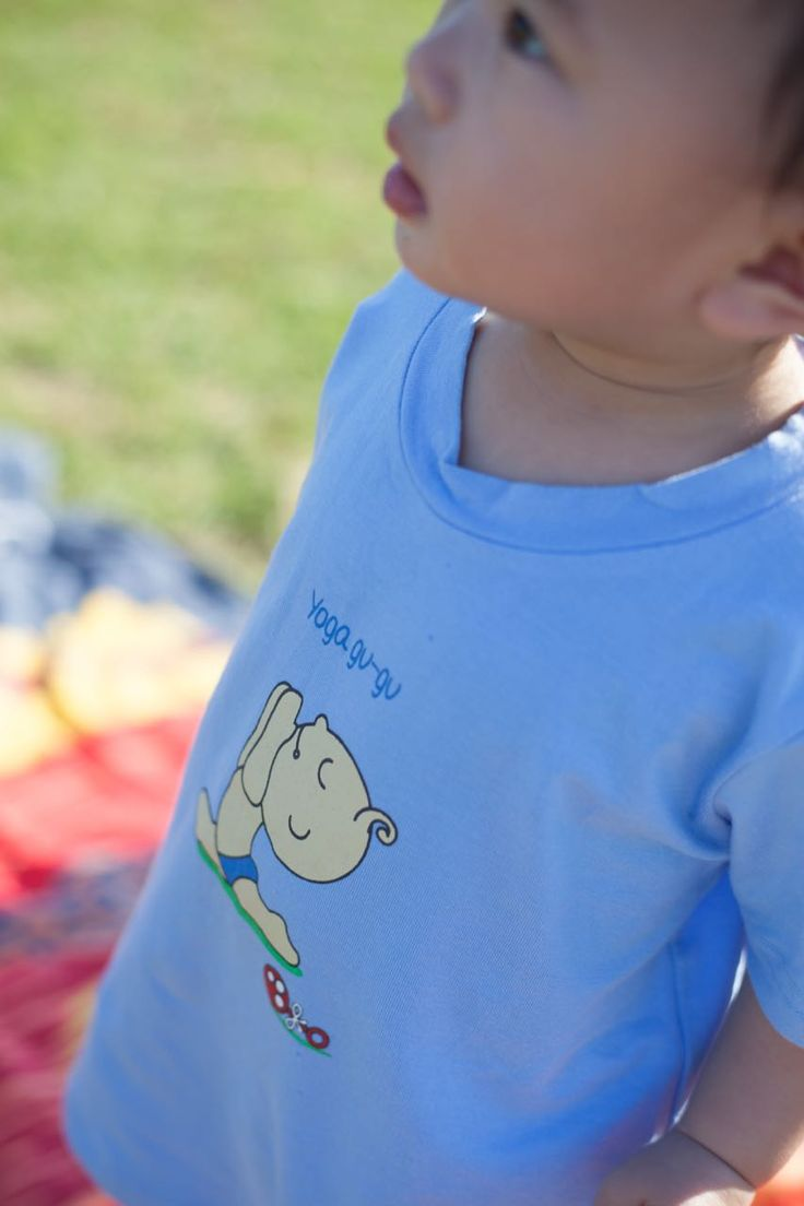 Online Kids clothing store in Australia, which are selling #organicbabyclothes, #sleepwear, T-shirt, #organiconesies and kids organic cotton clothing for babies and children.