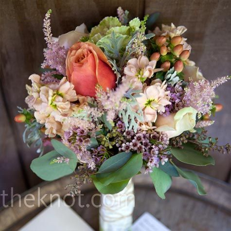 bouquet: Ideas, Bridal Bouquets, Inspiration, Photos Gallery, Green Wall, Rustic Bouquets, Wedding Photos, Nature Colors, Wedding Flower