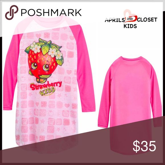 SHOPKINS NIGHTGOWN Strawberry Kiss SHOPKINS NIGHTGOWN Strawberry Kiss  SIZING: True to size, Little Girls, tagged size 6-6X  COLOR: Pink Kiss Kiss   ABOUT THIS ITEM * Soft & comfy  * Allover print & front graphic  * Long raglan sleeves  * Pullover style * Meets consumer safety standards   * Machine wash FABRIC 100% polyester  ❌NO TRADES❌ ✅BUNDLE DISCOUNTS ✅ OFFERS CONSIDERED (Via the offer button only)   SEARCH WORDS # PJS pajamas Shopkins Pajamas Nightgowns
