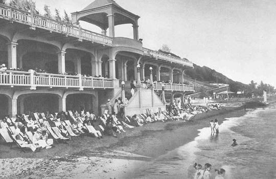 """#vintage #mozambique: The old Clube Naval, where from 1910 to 1934 the """"non-European"""" couldn't swim on the same beach with white people."""